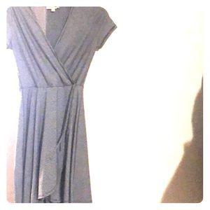 Dresses & Skirts - Short sleeve wrap dress